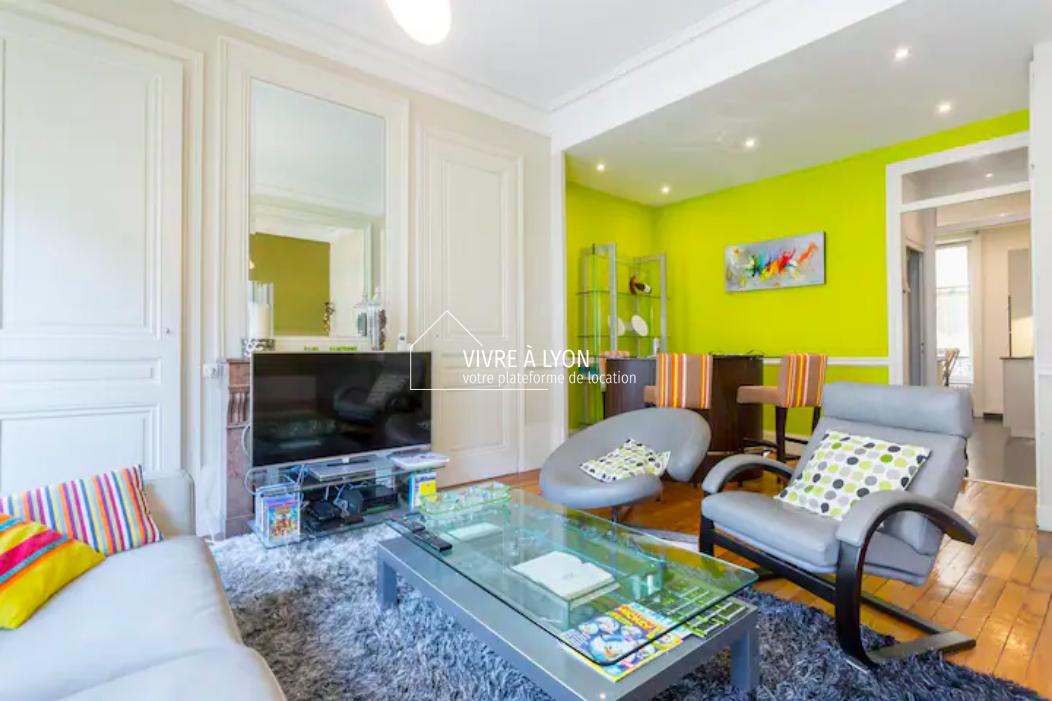 Appartement meublé Lyon 6 salon